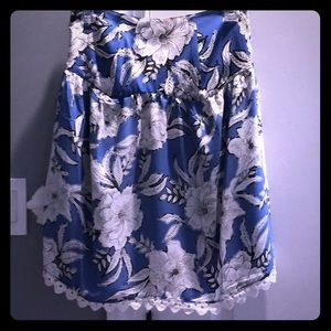 Lovers and friends top